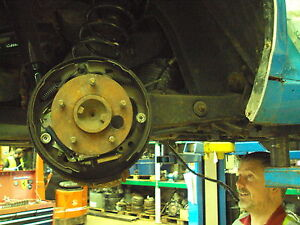 Chevrolet Corvair Used Right Rear Trailing Arm / Hub NDB389E