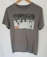 Old Navy Mens Life Magazine Miracle On Ice T Shirt Grey Small S Hockey