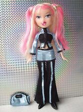 Bratz Space Angelz Live in Concert Cloe Doll with Original Outfit