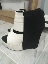 Womens Black & White Wedge Heels Size 7
