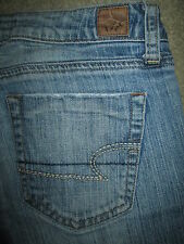 AMERICAN EAGLE True Boot Stretch Destroyed Blue Denim Jeans Womens Size 6 x 31.5