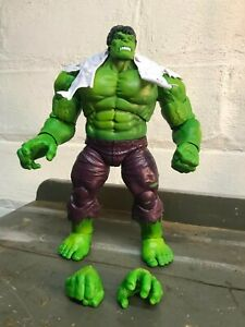 Marvel Legends 80th Anniversary Hulk from Vs. First Appearance Wolverine 2 Pack