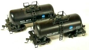 """(2) HO Scale Roundhouse GATX """"Shorty"""" Chemical Tank Cars, Different Road Numbers"""