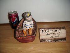 ALAN YOUNG Pottery ~ PESCATORE nella sua BARCA Canottaggio ~ eccellente ~ RARO