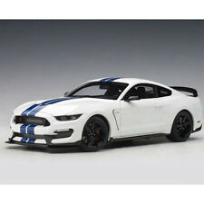 AUTOart 72931 Ford Shelby GT-350R 1:18 Oxford White with Lightning Blue Stripes