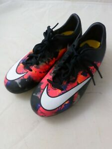 Nike Jr. Support Mercurial CR7 Football Trainers, Size 3, Ref:W1498
