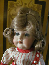 Antique Bisque Doll Wig Honey Blond Hair with Curls Size 7 New Old Stock in Box