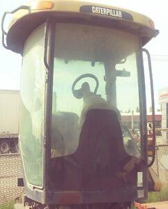 Cat MT 865 Tractor Cab Enclosure