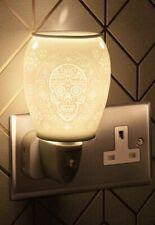 New Ceramic Sugar Skull Electric UK Plug In Aroma Lamp wax melt/oil Warmer