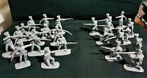 ARMIES IN PLASTIC NAPOLEONIC WARS PRUSSIAN INFANTRY 24 FIGURE LOT 989.