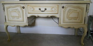 SHABBY CHIC FRENCH STYLE SIDEBOARD / TV CABINET