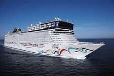 NORWEGIAN EPIC CRUISE SHIP POSTER 24 X 36 Inches Looks beautiful
