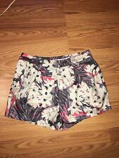 Women's NWOT Urban Outfitters Kimchi Blue Floral Shorts Size 6