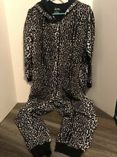 NICK & NORA LEOPARD PAJAMAS FULL BODY WITH HOOD, NO FEET - XXL
