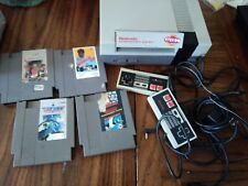 Nintendo Nes-001 Entertainment System with some games - TESTED-