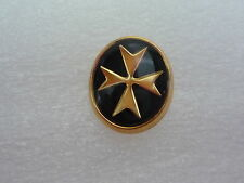 NUEVO 9ct Oro Amarillo Cruz de malta pin DE SOLAPA Chaqueta Perno Con