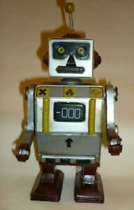 Silver color Tin Toy Robot 24cm Antique Toys hard to find Rare Item