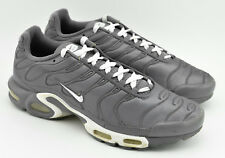 MENS NIKE AIR MAX PLUS TXT RUNNING SHOES SIZE 11 COOL GRAY WHITE 647315 012