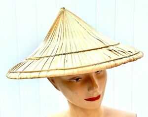 Vintage Hand Woven collectible Oriental coolie hat 15 x 7.5 in