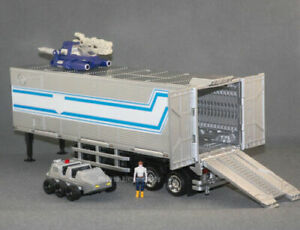 "KBB MP10V Red White Black Masterpiec G1 Optimus Prime Metal 8"" Container Figure"