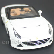 Bburago Signature Series Ferrari California T Convertible 1:18 White 18-16904