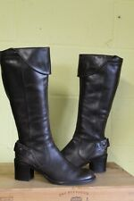 BROWN SOFT LEATHER MID HEEL RIDING STYLE BOOTS SIZE  8 / 42 BY CLARKS USED CON
