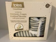 NEW COMFY TOTES TOASTIES Women's Memory Foam Knitted Booties Slippers Pom Poms