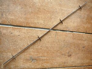 KELLYS THORNY FENCE UN-CRIMPED BARB on SINGLE ROUND LINE - ANTIQUE BARBED WIRE