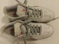 Vintage Women's RB409 Reebok Classic White Sneakers 6-13175 SZ 9.5 RED EUC-A02