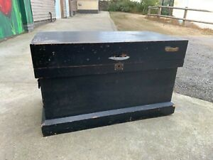 Beautiful quality, large antique carpenters tool chest with mahogany trays/tills
