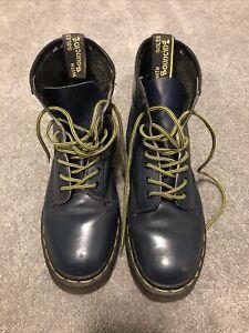 Doc Air Wair Marten 10072 Boots Navy Blue 8 Eyelet Women's ** Read Discription**