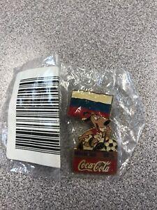 Russia - 1994 World Cup USA Coca Cola Soccer Pin (NEW)