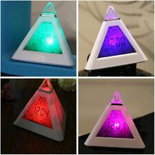 7 Couleurs LCD Triangle Pyramide Alarme Horloge Thermomètre Réveil Enfant Cadeau