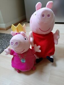 Peppa Pig Giggle And Wiggle plush and Talking Princess Peppa