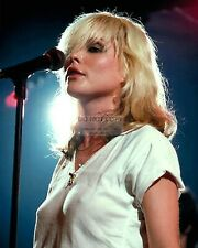 "DEBBIE HARRY ""BLONDIE"" LEAD SINGER - 8X10 PUBLICITY PHOTO (RT723)"