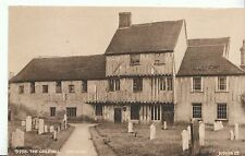 Suffolk Postcard - The Guildhall - Hadleigh   ZZ1215