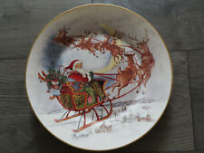 "Pottery Barn NOSTALGIC SANTA ROUND SERVING PLATTER-13.5"" DIAMETER-BRAND NEW"