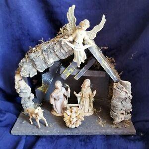 vintage nativity fontini made In italy mary joseph jesus lamb and angel