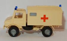 Busch 43457-1//87//h0 Caddilac Stationwagon-Ambulance-NEUF
