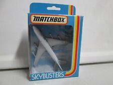 Matchbox Skybusters SB-10 Boeing 747 (1)