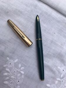Vintage Green PARKER 61 fountain pen ROLLED GOLD CAP CONVERTER Near Mint Unused