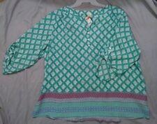 Women plus size blouse 3X (22/24W) Poly/Rayon aqua green white V-Neck NWOT
