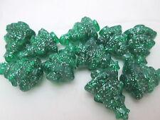 10 Novelty 25mm Christmas Tree Pony Beads - Green Sparkle