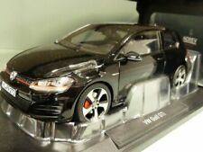 1/18 Norev VW Golf GTI 2013 schwarz 188550