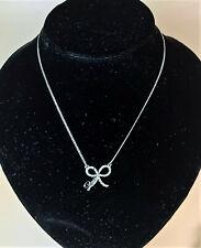 Guess Damen-Halskette Edelstahl mit Schleife Pavé-Kristallen 41-46 cm UBN71301