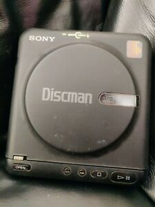 Vintage Sony Discman CD Walkman D-20 .working. I've others (boxed) listed too