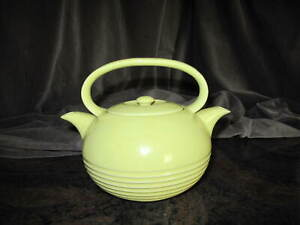 Vintage TWINSPOUT Tea Master HALL Made in USA Teapot Pale Yellow Deco