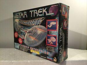 MIB Star Trek 1996 Playmates USS Enterprise 1701-D Transwarping Starship