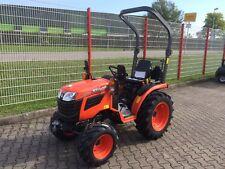 Kubota B1181 Traktor mit Schneeschild Winterpaket Neuheit