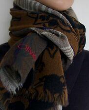 Très jolie écharpe en laine Olivier Strelli. Voir mes autres annonces.